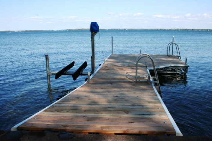 Lake Vernon Pole Dock