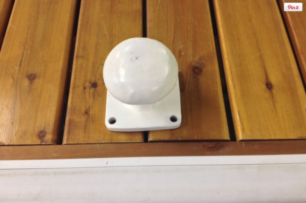 Bollard Cleat - White (51-401) 1 of 2